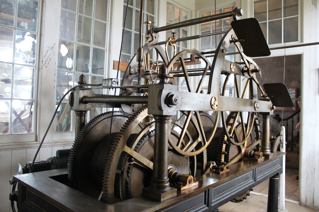 Clock mechanism before restoration