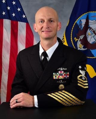 201124-N-N0443-1000 PENSACOLA, Fla. (Nov. 24, 2020) Official photo o fCommand Master Chief Aaron Lee. (U.S. Navy photo)