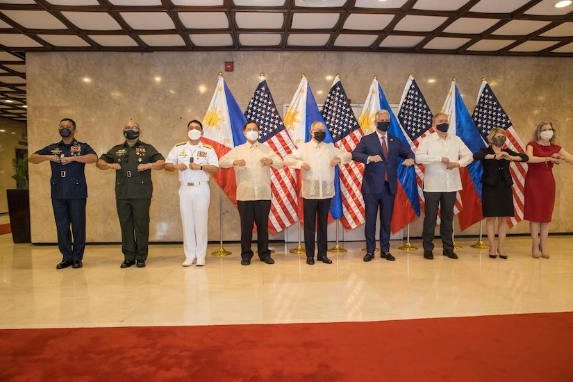 U.S. National Security Advisor Reaffirms Alliance, Announces Military Assistance and Typhoon Relief during Philippines Visit