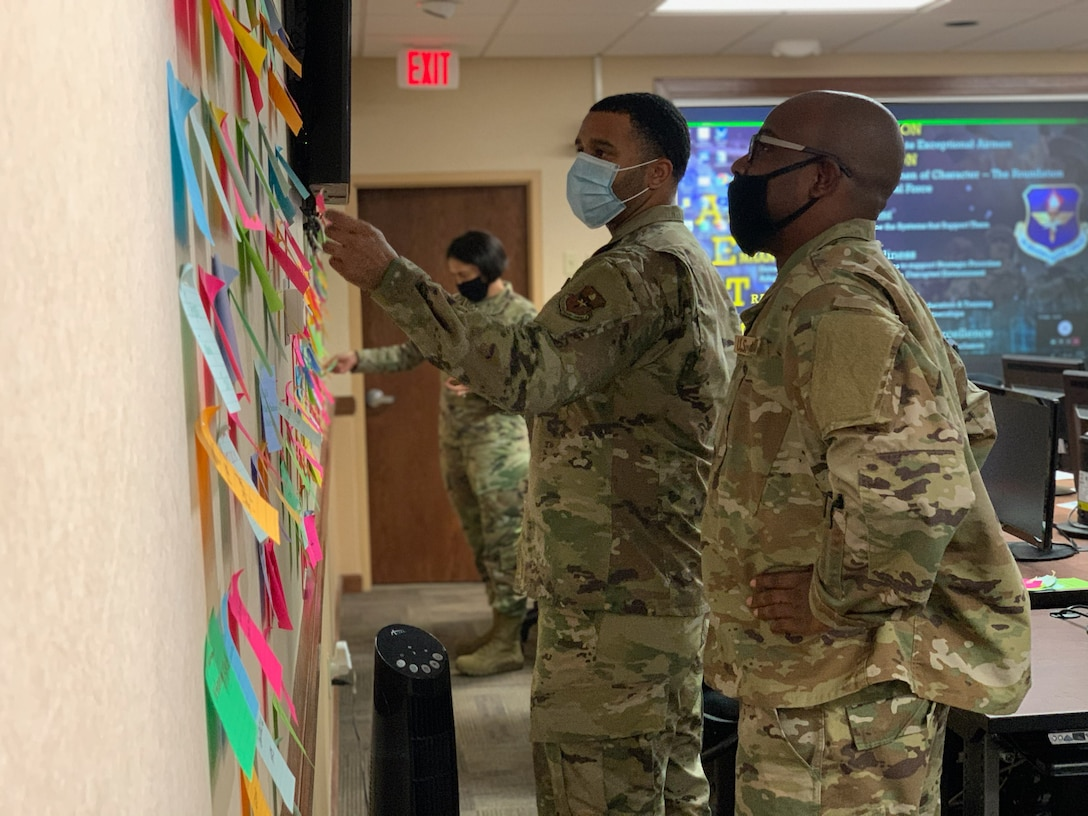 Air Force safety professionals participate in active learning study