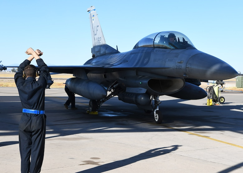 Col. Sean Rassas, 944th Fighter Wing vice commander, comes to a stop following a momentous sortie Nov. 24, 2020, at Luke Air Force Base, Ariz. During the flight, Rassas surpassed three thousand flying hours in the F-16 Fighting Falcon, becoming one of only 296 U.S. Air Force pilots to reach that milestone.