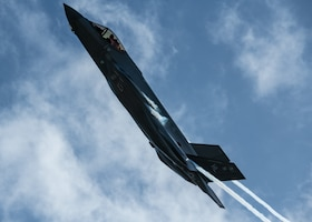 F-35 Demo Team at the 2020 Ft. Lauderdale Air Show