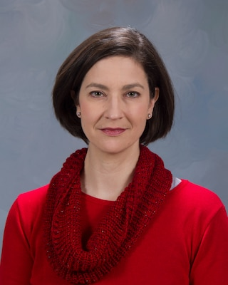 Headshot of Dr. Alicia Ruvinsky