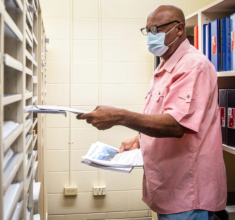 Dale Bennett, 12th Training Squadron electronic flight bag publications manager, builds an inflight training checklist Oct. 1, 2020, at Joint Base San Antonio-Randolph.