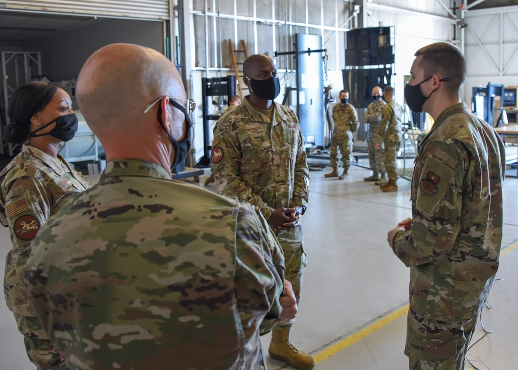 Instructor briefs 82nd TRW and 381st TRG leadership on missile maintenance training