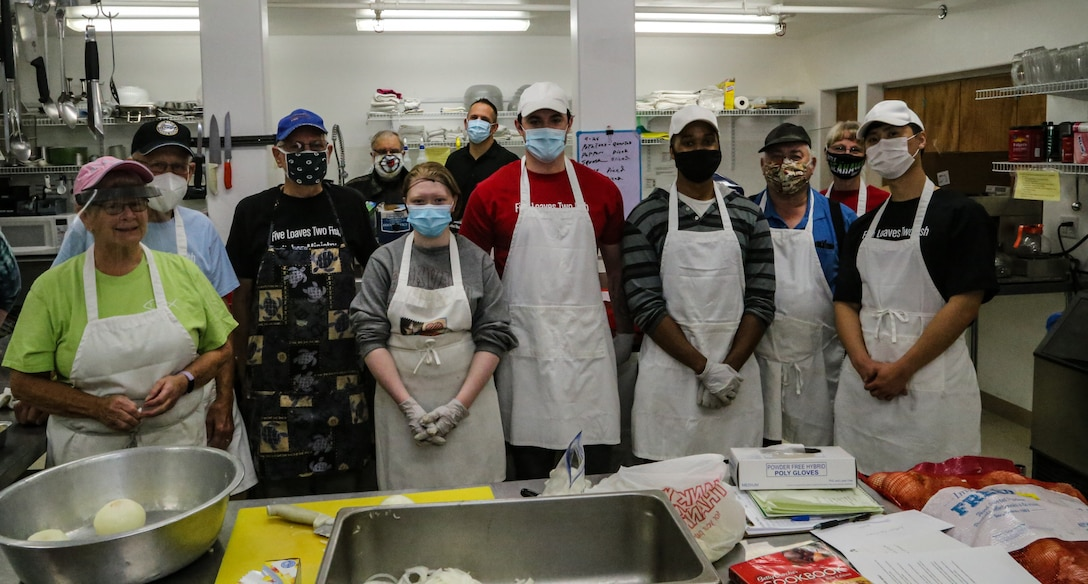 Air National Guard volunteers assist Mat-Su Valley kitchen