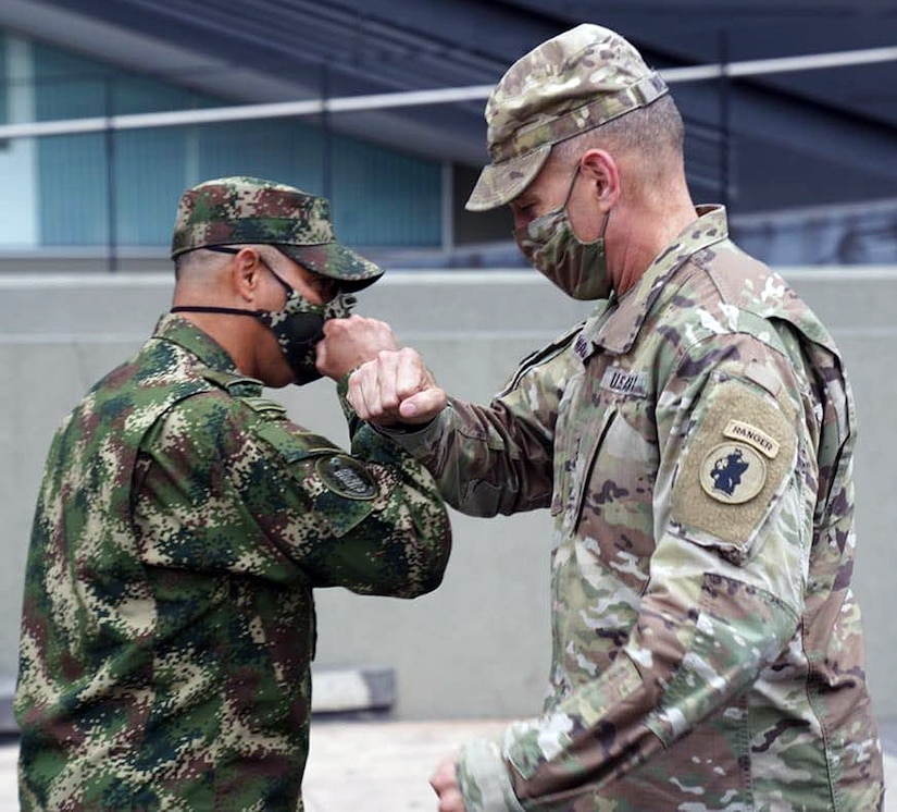 Maj. Gen. Daniel Walrath, U.S. Army South commander, meets with Gen. Eduardo E. Zapateiro, National Army of Colombia commander, on Oct. 5 in Bogota, Colombia.