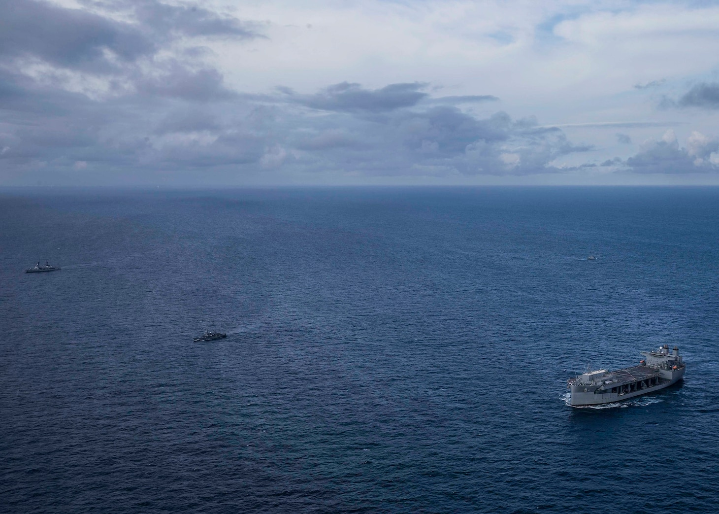 """USS Hershel """"Woody"""" Williams and Nigerian Navy Conduct Exercise"""