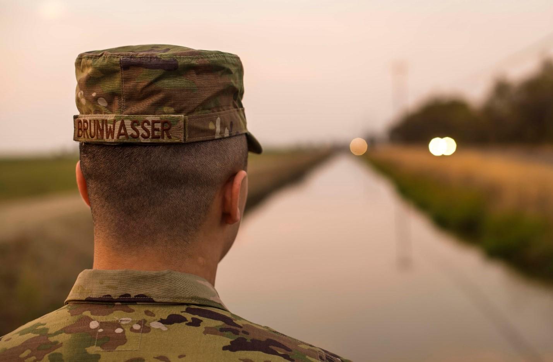Leadership lacking in Marine Corps massive nude-photo