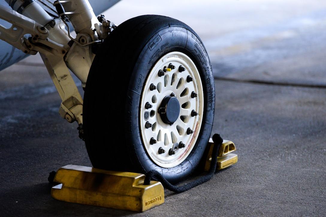 A photo of the left wheel on a U.S. Air Force F-16C Fighting Falcon.