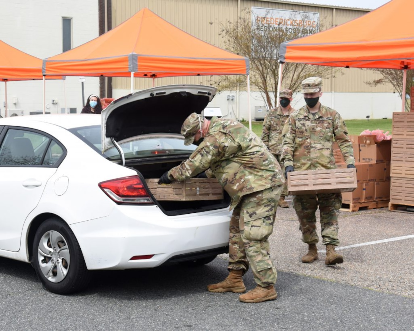 229th BEB supports operations at Fredericksburg Regional Food Bank