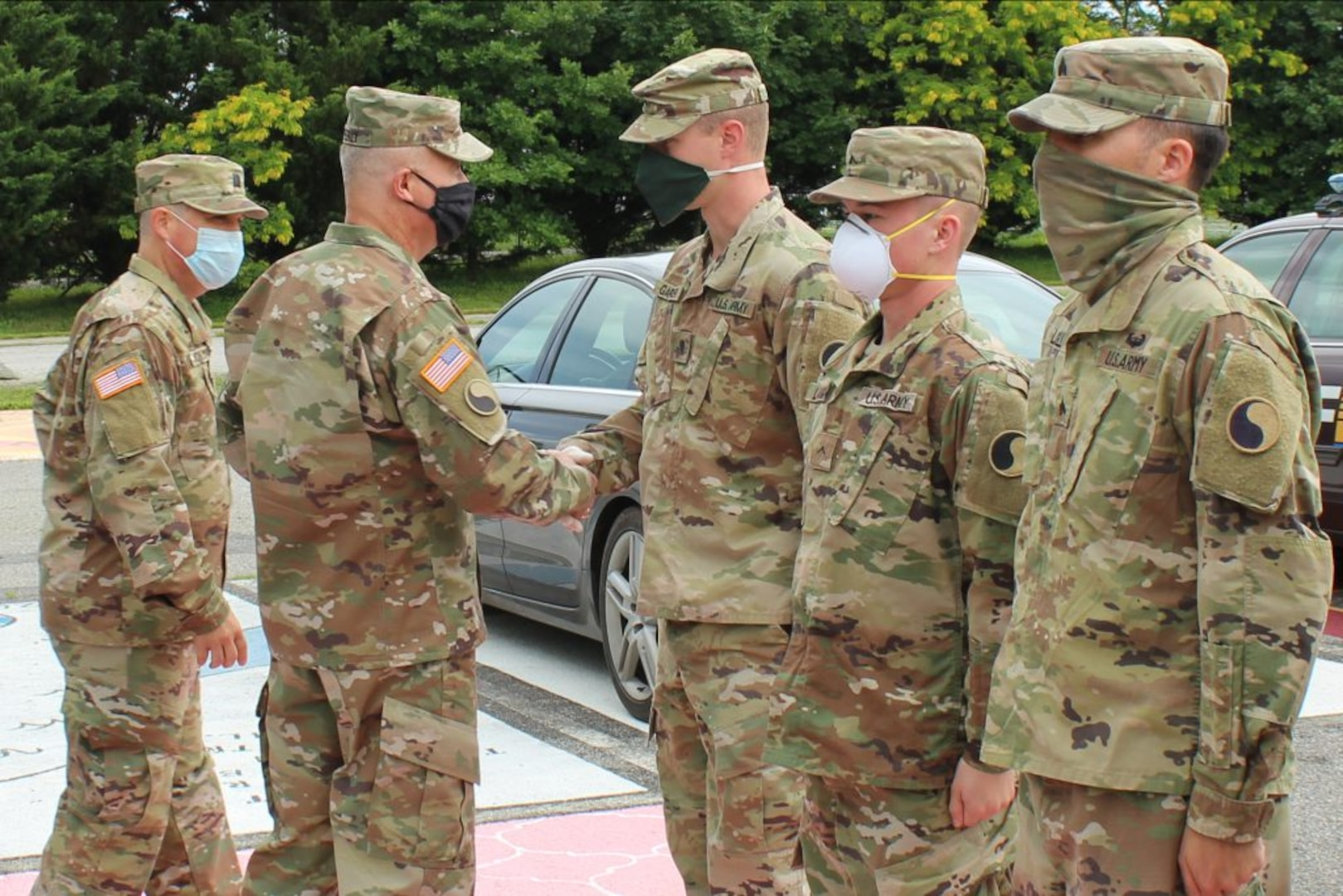 29th ID CG recognizes Soldiers for outstanding COVID-19 response support