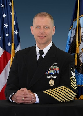 Official biography photo of Force Master Chief H. Trenton Schmidt, Force Master Chief, Naval Air Force, U.S. Pacific Fleet.