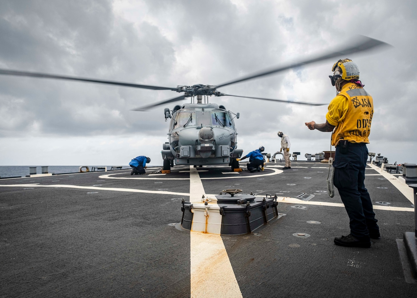 The U.S., JMSDF, and Royal Australian Navy participate in trilateral exercises in the South China Sea.