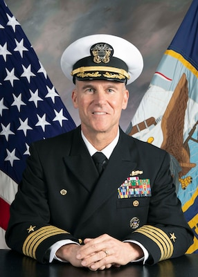 Official portrait of Capt. Michael J. Gunther