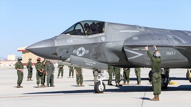 Ground crews prepare an F-35B for flight prior to a test flight at Edwards Air Force Base, California, July 10. (Photo courtesy of Lance Cpl. Larisa Chavez, MCAS Yuma)