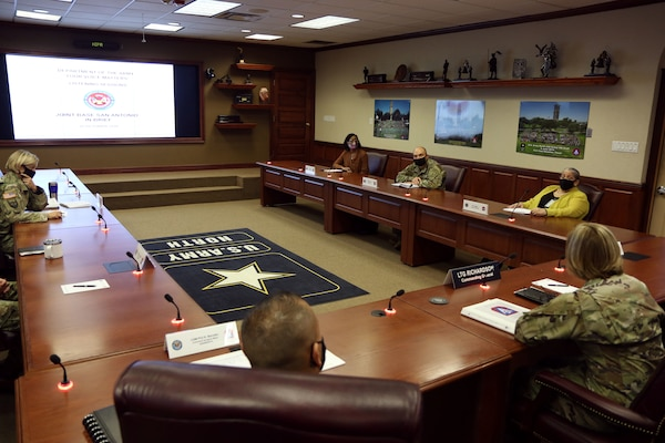 """Lt. Gen. Laura J. Richardson, U.S. Army North (Fifth Army) commander and Joint Base San Antonio-Fort Sam Houston and JBSA-Camp Bullis senior commander, receives a """"Your Voice Matters"""" listening tour in-brief from Army Staff personnel, at Joint Base San Antonio-Fort Sam Houston Oct. 21."""