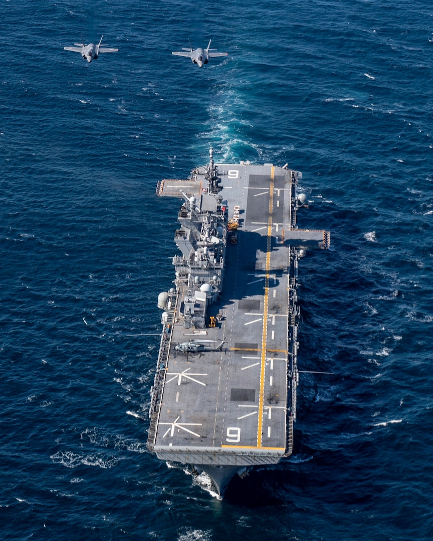 PACIFIC OCEAN (Oct. 20, 2020) F-35 Lightning II aircraft  assigned to the Japan Air Self Defense Force conduct integrated air operations with the forward-deployed amphibious assault ship USS America (LHA 6).
