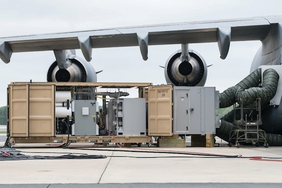 JBADS-Lite connected to a C-17A Globemaster