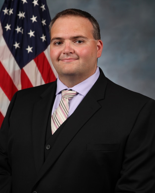 2020 Air Force Research Laboratory Science & Engineering Early Career Award recipient Dr. Richard Zappulla ll, is a research aerospace engineer in AFRL's Space Vehicles Directorate located on Kirtland Air Force Base, N.M. (Courtesy photo)