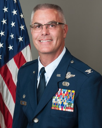 Official bio photo of Col. Kurt Davis