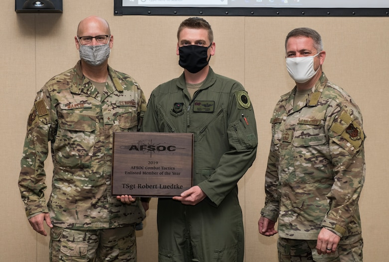 TSgt Robert Luedtke was presented the 2019 Combat Tactics Enlisted Member of Year award.