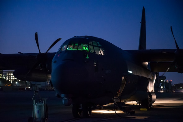 a photo of a C-130
