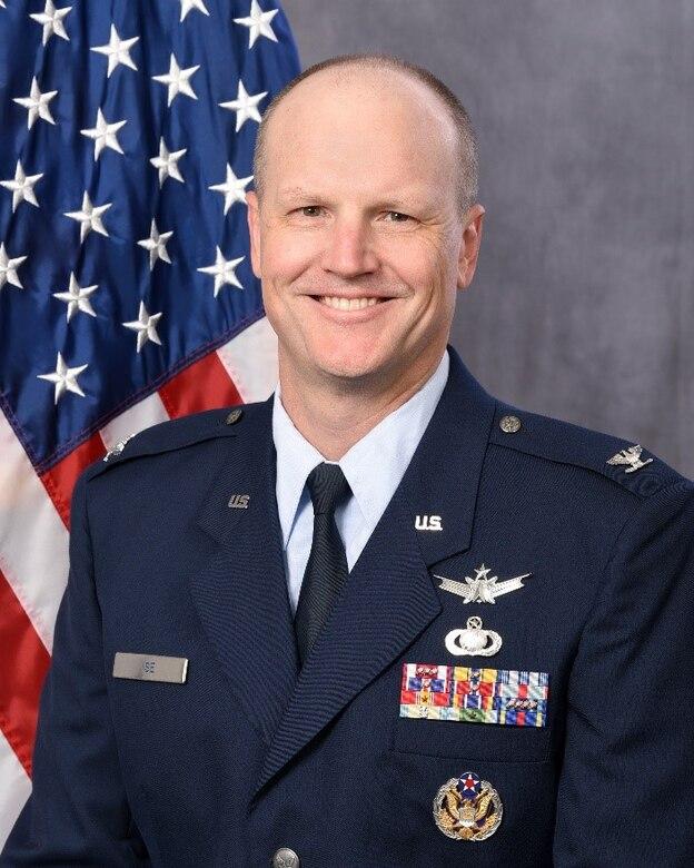 Col. Carl Ise (U.S. Air Force photo)