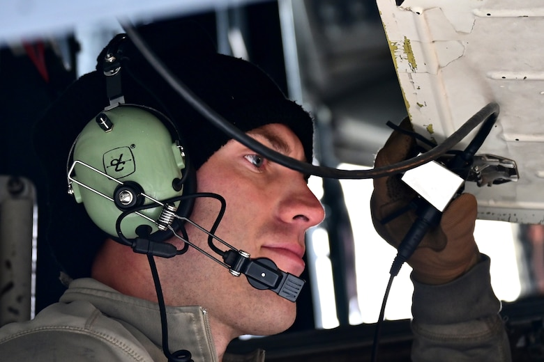 Close up photo of Airman working on B-1
