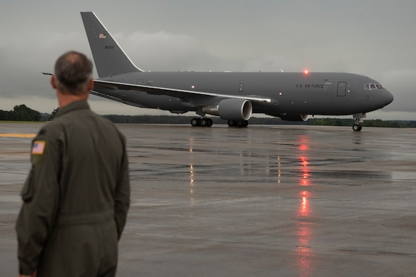 916ARW receives two new aircraft