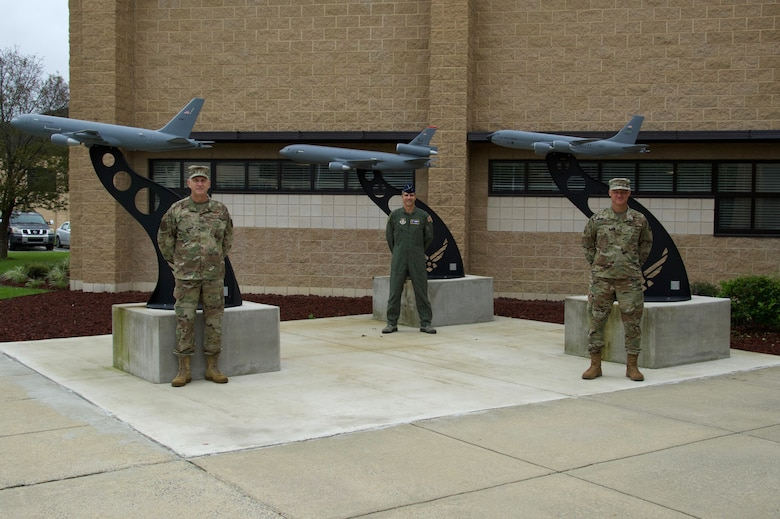 916th welcomes two new aircraft