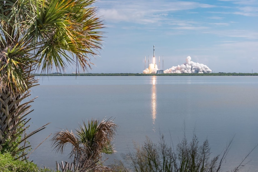 A rocket lifts off from Florida launch pad.