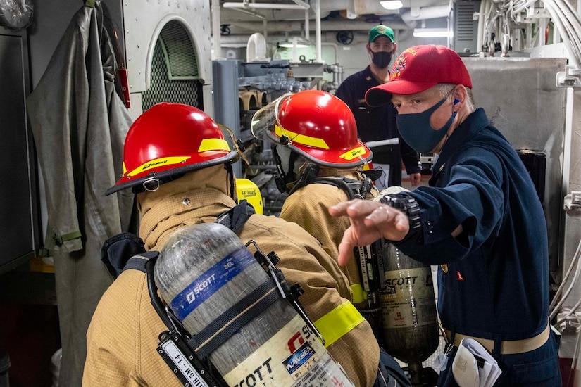 Seamen train in damage control.