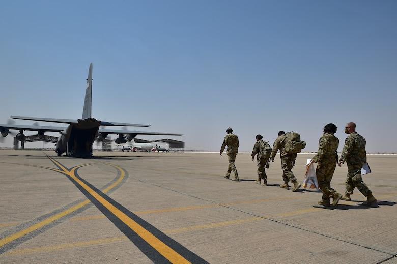 378 EMEDS perform medical transport mission