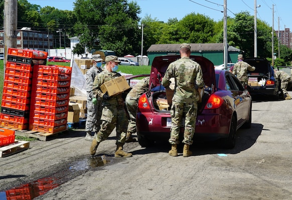 Joint Task Force members load food into civilian vehicles in Springfield, Ohio, Aug. 5, 2020. Since March members of the Ohio National Guard have been assisting at food banks across Ohio.