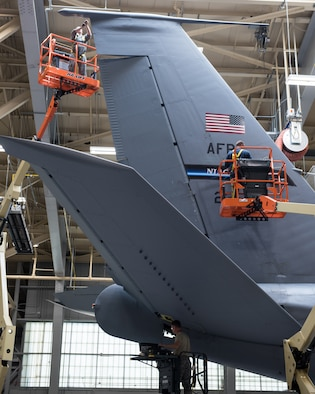 914th Maintenance Keeps These Old Birds Flying