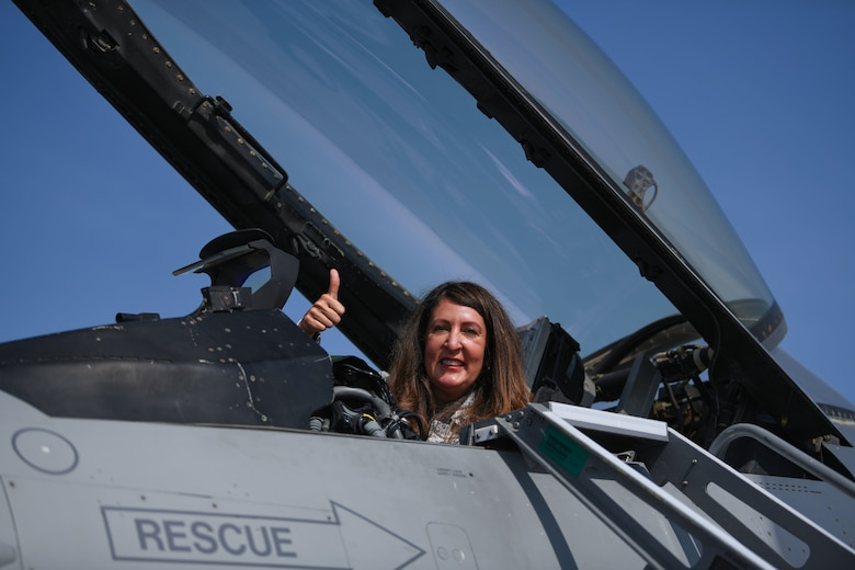 Herro Mustaf, U.S. Ambassador to the Republic of Bulgaria, sits in the cockpit of a U.S. Air Force F-16 Fighting Falcon during Thracian Viper 20 at Graf Ignatievo Air Base, Bulgaria, Sept. 24, 2020. Thracian Viper 20 is a multilateral training exercise with the Bulgarian air force, aimed to increase operational capacity, capability and interoperability with Bulgaria. (U.S. Air Force photo by Airman 1st Class Ericka A. Woolever)