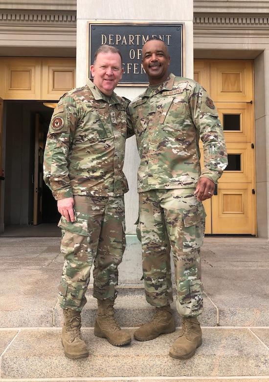 Lt. Gen. Richard Scobee and Chief Master Sgt. Timothy White (Senior Master Sgt. Kori Conaway)