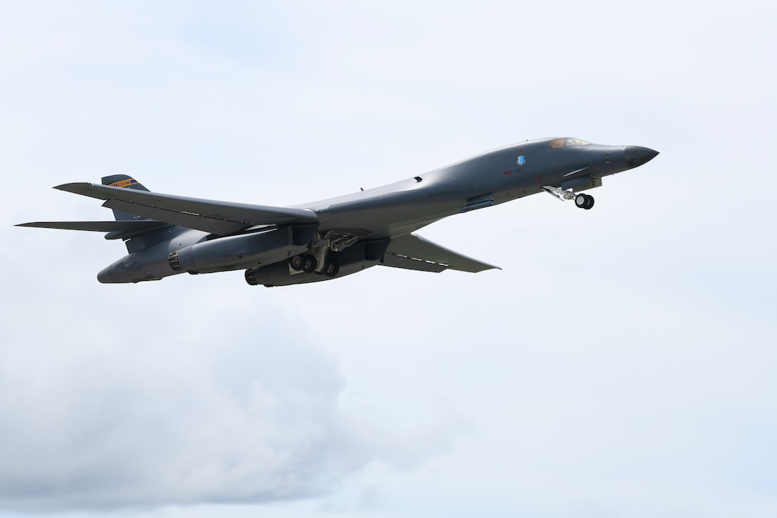 A B-1B Lancer assigned to the 28th Bomb Wing, Ellsworth Air Force Base, S.D., takes off in support of Exercise Valiant Shield at Andersen AFB, Guam, Sept. 17, 2020. The exercise is a U.S.-only field training exercise with a focus on joint training in a blue-water environment among U.S. Forces. (U.S. Air Force photo by Staff Sgt. Nicolas Z. Erwin)