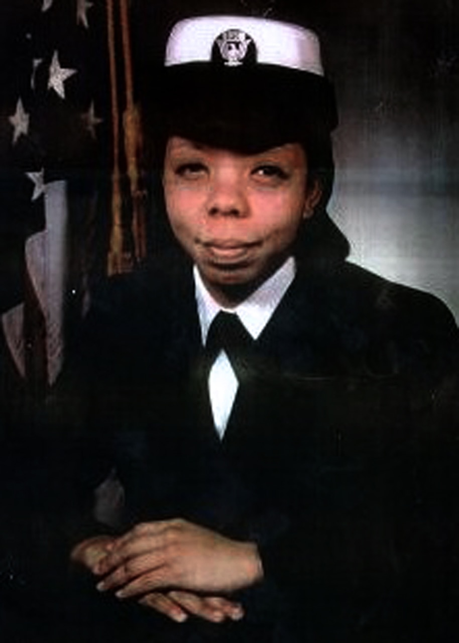 Portrait of Seaman Apprentice Lakiba N. Palmer.