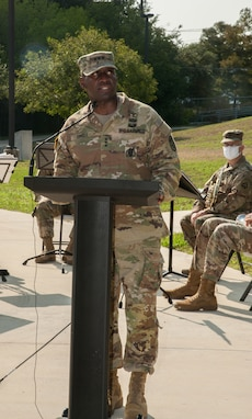 Pair of Soldiers from Grand Rapids, Mich., assume leadership of Army Reserve Medical Readiness and Training Command