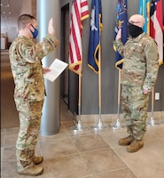 Kuc reenlists in Air National Guard