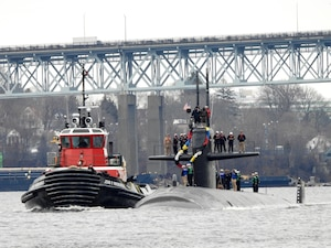 USS Providence (SSN 719) returns to Naval Submarine Base New London in Groton, Conn.