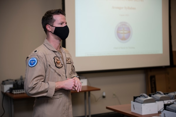 CORPUS CHRISTI, Texas (Oct. 30, 2020) Former Training Squadron 27 Commanding Officer Cmdr. Jeff Shanahan briefs the first students enrolled in Naval Aviation Training Next-Project Avenger. Project Avenger is a prototype syllabus designed to train student naval aviators to a greater level of proficiency in a shorter period of time than the traditional syllabus to increase fleet aviator availability. (U.S. Navy photo by Anne Owens/Released)