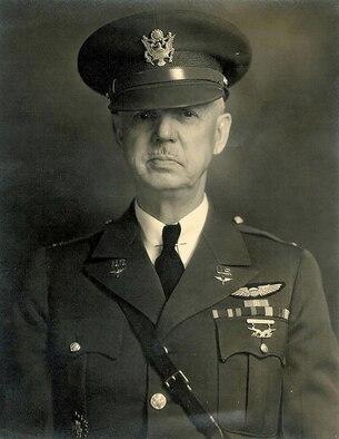 Portrait of U.S. Air Force senior officer.