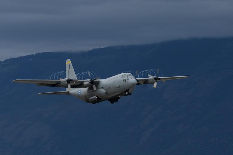 HAF transports 31 FW members to INIOCHOS 21