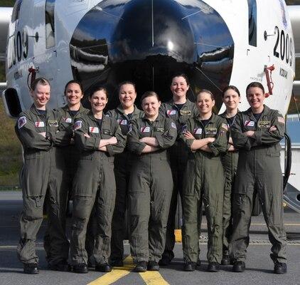 Kodiak-based Coast Guard aircrew conducts first all-female HC-130J flight