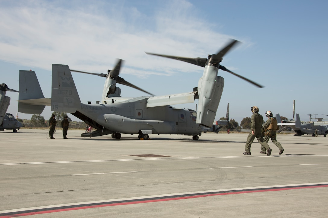 U.S. Marine Corps Lt. Gen. Karsten Heckl, commanding general of I Marine Expeditionary Force, greets Marines with Marine Medium Tiltrotor Squadron 163, Marine Aircraft Group 16, 3rd Marine Aircraft Wing, at Marine Corps Air Station Miramar, California, April 6, 2021. Routine visits and inspections play a vital role in ensuring that all equipment and personnel meet standards as the Marine Corps makes strides toward implementing the Force Design 2030. After the tour and inspection of the hangar, Lt. Gen. Heckl piloted an MV-22B Osprey to Marine Corps Air Station Pendleton. (U.S. Marine Corps photo by Lance Cpl. Julian Elliott-Drouin)