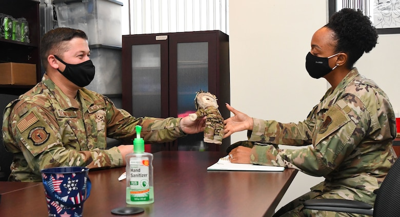 Two Air Force members talk