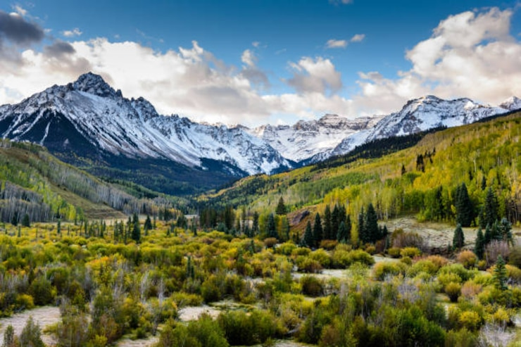imageof mountains in colorado